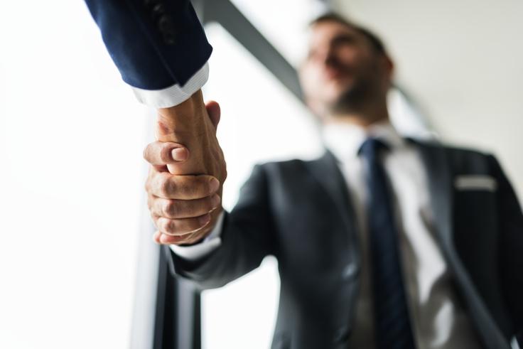 ISU handshake